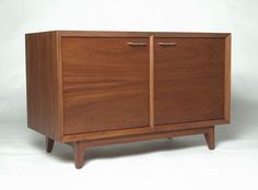 tv console in mahogany by ismfurniture