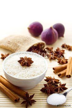 Süßer Reis und Zutaten