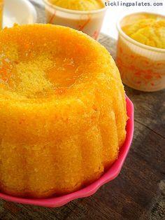 Orange Muffins with Orange glaze from www.ticklingpalates.com #orange #muffin