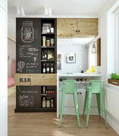 tabourets verts de bar, meubles en bois, mur blanc, meuble en bois, fenetres grandes