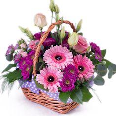rózsa virágcsokor szülinapra - Google keresés Floral Wreath, Wreaths, Plants, Google, Home Decor, Leo, Floral Arrangements, Birthday Cards, Floral Crown