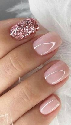Hands 39 Fabulous Ways to Wear Glitter Nails Designs for 2019 Summer! Part glitter nails; Pink Nail Designs, Nail Designs Spring, Tow Nail Designs, Glitter Nail Designs, Pedicure Nail Designs, Classy Nail Designs, Nails Design, Classy Nails, Stylish Nails