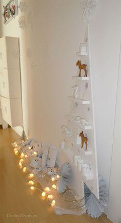 Decorar el pasillo en Navidad.