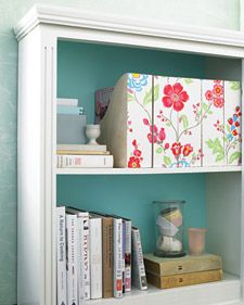 DIY …to make for my IKEA EXPEDIT shelf  // wallpapered magazine holder by Martha Stewart