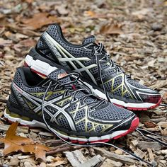 ASICS GEL-Kayano® 20 Men Black/White/Gold : HolabirdSports.com