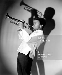 Jazz trumpeter Hugh Masekela poses for a portrait in circa 1967 in New York City, New York. Get premium, high resolution news photos at Getty Images Ladysmith Black Mambazo, Hugh Masekela, South Afrika, Paul Simon, Jazz Musicians, Brand Collection, Amazing Pics, Awesome