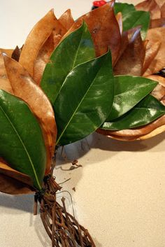 Sweet Something Designs: Magnolia Leaf Wreath (A Tutorial)