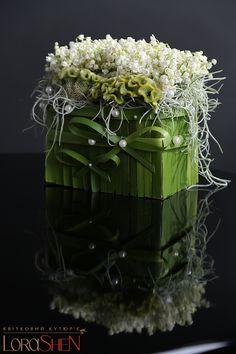 ~~ Interior — Lorashen Deco Floral, Arte Floral, Floral Design, Beautiful Flower Arrangements, Floral Arrangements, Beautiful Flowers, Hotel Flowers, Corporate Flowers, Container Flowers