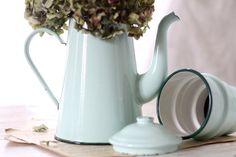 Vintage Français émaillé pot de café des années par Passesimple