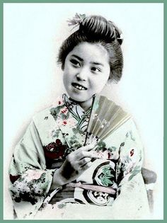 A LITTLE SMILE FROM OLD JAPAN by Okinawa Soba, via Flickr