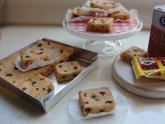 cookie bars, it's a miniature life: Kim Saulter