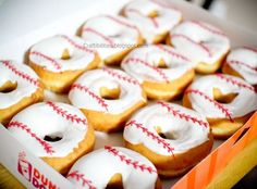 Team MOM or Snack MOM- Baseball (or Softball) snack/ end of the year party ideas.