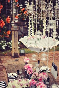black and pink wedding ideas