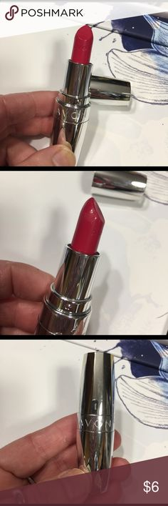 """***LOWEST PRICE***Avon lipstick 💄 Totally Kissable in """"makeout red"""" Avon Lipstick 💄---NEW Avon Makeup Lipstick"""