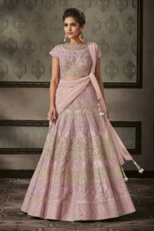 An indian wedding is completed only with the traditional indian bridal wedding dress such as indian bridal gowns, bridal sarees, bridal lehenga choli… that Lehenga Choli Online, Indian Sarees Online, Bridal Lehenga Choli, Ethnic Wear Designer, Bridal Wedding Dresses, Indian Bridal, Salwar Kameez, Touch, Trends
