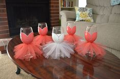 ¿Qué te parecen estas copas? ¡Perfectas para una despedida de soltera!  #decor…
