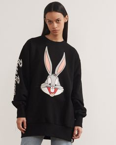 Little Sunny Bite x Looney Tunes Bugs Bunny Sweatshirt Black - Everything - Categories - Womens Polo Shirt Outfits, Pajama Outfits, Hot Outfits, Disney Outfits, Stylish Outfits, Kids Outfits, Looney Tunes, Fall Fashion Outfits, Kids Fashion