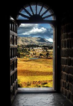 Puerta al Paraíso  Cusco - Perú