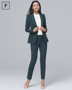Women's Petite Satin-Trim Comfort Stretch Blazer Jacket by White House Black Market Source by bcoyoy Business Outfit Frau, Business Attire, Business Fashion, Business Suits For Women, Corporate Attire Women, Business Professional Outfits, Business Casual Outfits, Office Outfits, Young Professional