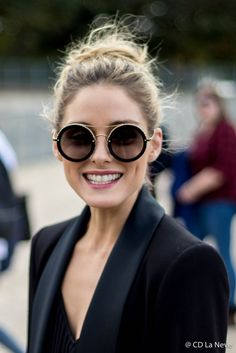 Olivia Palermo Paris Fashion Week Olivia Palermo Stil, Olivia Palermo Lookbook, Power Yoga, Fashion Eye Glasses, Elegantes Outfit, How To Look Classy, Cat Eyes, Street Style Women, Style Icons