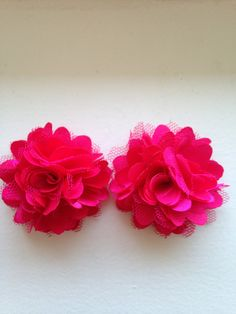 New to LaBellaRoseBoutique on Etsy: Fuschia Satin clips - 2 Hot Pink satin mesh puff on clips baby toddler child women piggy pony tail wedding flower girl present gift shower (5.00 USD)