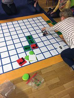 KodujMata - mata do kodowania w szkołach Picnic Blanket, Outdoor Blanket, Coding, Math, Math Resources, Picnic Quilt, Programming, Mathematics