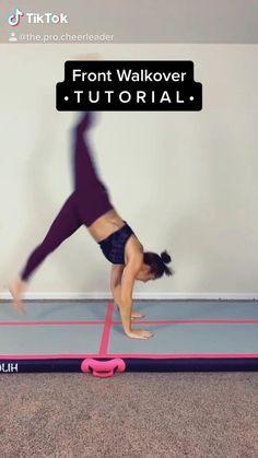 Gymnastics For Beginners, Gymnastics Tricks, Gymnastics Skills, Gym Workout For Beginners, Gym Workout Tips, Gymnastics Stretches, Acrobatic Gymnastics, Gymnastics Workout, Gymnastics Flexibility
