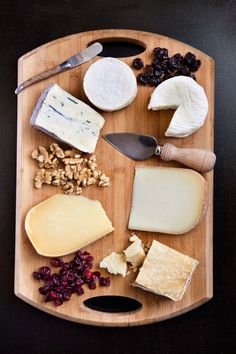 Cheese 101 - our #Nutrition team tells you how to create the perfect little cheese plate!