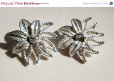 20 OFF Vintage Sarah Coventry Demi Flower by PaganCellarJewelry, $4.79
