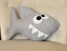 Baby Shark Plush Pattern PDF Tutorial and Printable Templates -Chomp the Shark Pillow Pattern This listing is a DIY PDF pattern for Chomp Shark Plush Pillows (not a SHARK Pillow made). *** your PDF and printable template patterns Sewing Toys, Sewing Crafts, Sewing Projects, Cute Pillows, Diy Pillows, Shark Pillow, Blog Bebe, Shark Plush, Plush Pattern