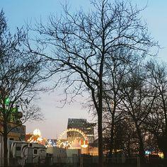 Hamburg feiert meine Rückkehr  und ich hab eben die tolle @muttergefuehle gedrückt die mir so fehlt manchmal. #Hamburg #bloggerleben #elternblog #familienblog #blogger_de