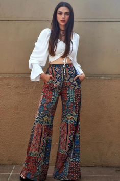 Celebrity Casual Outfits, Teen Fashion Outfits, Cute Casual Outfits, Boho Outfits, Stylish Outfits, Casual Indian Fashion, Indian Fashion Dresses, Indian Designer Outfits, Indian Outfits