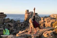 #yoga with Eline during the Wind+Surf week daily yogaclasses to keep fit, relaxed and balanced <3 @windsurfyoga windsurfyoga.eu