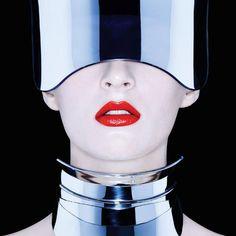 Nars Cosmetics F/W 2015 (Nars Cosmetics).  August 2015.   Francois Nars - Photographer.   Elisa Ferri - Manicurist.   Daria Strokous - Model.