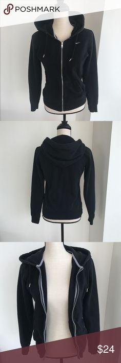 Nike Hoodie Black Nike hoodie with a zipper. Almost new Nike Sweaters
