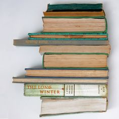Book Sculpture Winter Spring Par Theshophouse Sur Etsy Livre Et Film