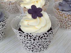 Sněhový máslový krém - Víkendové pečení Czech Desserts, Butter, Baked Goods, Mini Cupcakes, Christmas Time, Frosting, Sweet Treats, Bakery, Deserts