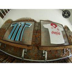 A paixão masculina por futebol, também faz parte da Medianeira Men's Clothing! #ODiaSantoVemAí
