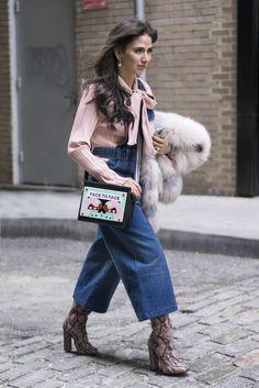bc57acfdc107 Genießt das Wochenende mit den besten Street Style Shots der Fashion Week