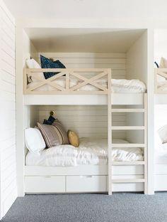 Bunk Bed Rooms, Bunk Beds Built In, Modern Bunk Beds, Bunk Beds With Stairs, Cool Bunk Beds, Kids Bunk Beds, Bedroom Loft, Girls Bedroom, Bedroom Ideas