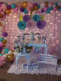 DIY Birthday Party Decorations for Girls – Unicorns Birthday Party Decorations Diy, Girls Birthday Party Themes, 10th Birthday Parties, Diy Party, Unicorn Themed Birthday Party, Diy Birthday, Deco Buffet, Baby Shower, Bridal Shower