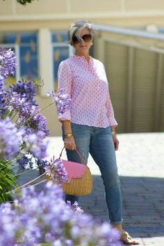 spring fashion for women over 60 50 style Fashion For Petite Women, Womens Fashion Casual Summer, Over 50 Womens Fashion, Black Women Fashion, Fashion Over 40, 60 Fashion, Women's Fashion Dresses, Spring Fashion, Fashion Brands