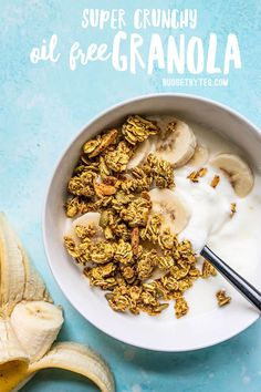 Aquafaba (the leftover starchy water from canned beans) makes this Oil Free Granola super crunchy without using excessive amounts of oil and sugar! Vegetarian Recipes, Healthy Recipes, Healthy Breakfasts, Vegetarian Cooking, Healthy Desserts, Easy Recipes, Diet Recipes, Recipies, Easy Snacks