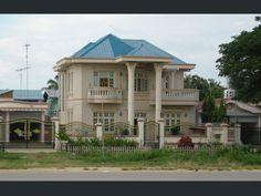 L'élite est logée dans de confortables villas, à Naypyidaw, en Birmanie.