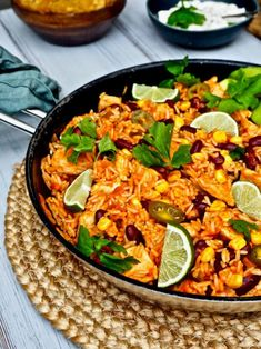 Texmex-kanapata — Peggyn pieni punainen keittio Healthy Cooking, Healthy Eating, Cooking Recipes, Veggie Recipes, Chicken Recipes, Veggie Food, Salty Foods, Daily Meals, Tex Mex