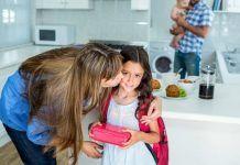Συμβουλή Διαιτολόγου : Να βάζετε πάντα ένα γλυκάκι στο ταπερ των παιδιών σας
