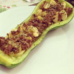 Abobrinha Recheada com Carne Moída e Champignon