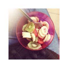 #fragole e #kiwi a #merenda #fashionfruits # #loveit #robyzl #serendipity #pic #picoftheday #photo #photooftheday #tag4like #like4like #tumblr #food #foodporn #instafood #instagood #instagram #love