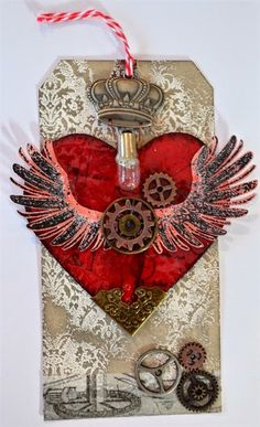 Crop Paper Scissors: Steampunk Valentine Tag using Tim Holtz, Ranger, Sizzix and Stamper's Anonymous products; Jan 2015