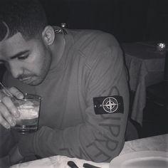 Drake with a Stone Island X Supreme crew neck Old Drake, Drake Ovo, Drake Instagram, Lil Boosie, Drake Graham, Aubrey Drake, Yo Gotti, Octobers Very Own, Lil Durk
